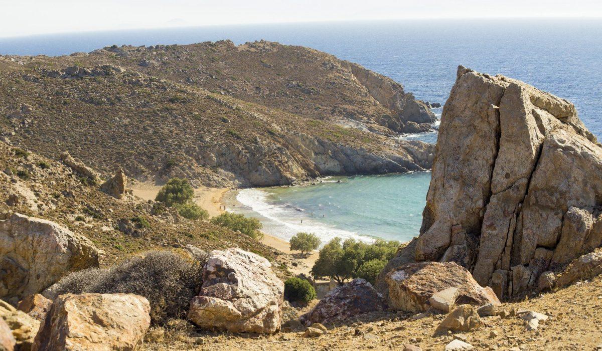 Patmos island, Psili Ammos beach, Greece - Imagen shutterstock_452254516