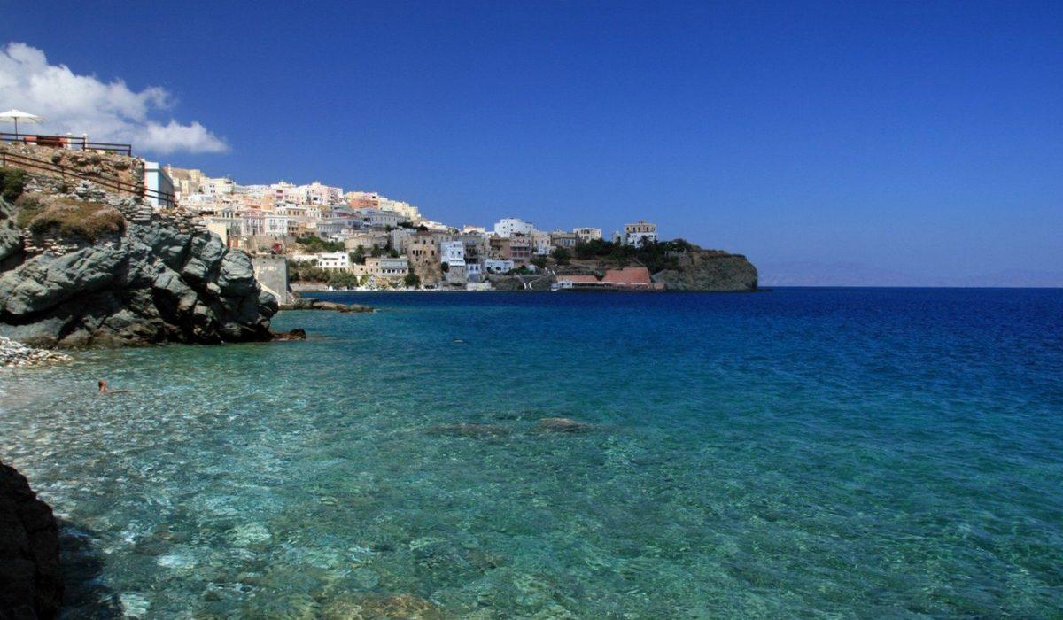 Syros_Ermoupoli_view from sea
